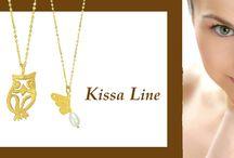 Δείτε τη ΝΕΑ σειρά κοσμημάτων Kissa Line μόνο στο KOSMIMA.GR!