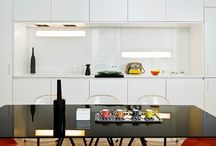 BLACK SWAN table / Dining-room table designed by Manuel Sequeira - Glass and steel