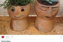 Meu trabalho achado na net. / Vasos de cerâmica para plantas.