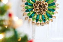 Christmas DIY Ideas / DIY Christmas ideas - Handmade projects for the holidays. Easy crafts - wreaths, decorations, ornaments, gifts - to make your days merry and bright!