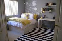 Dream Rooms: Master Bedroom / by Em Komiskey