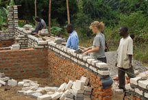 African Adventure / Med Afrika InTouch har du mulighed for at komme på et 3-ugers minivolontør-ophold i din sommerferie. Sammen med ca. 25 andre, kan du rejse til Afrika og hjælpe til på forskellige projekter. Vi kalder disse ophold for African Adventure. Dette er en unik mulighed for at bruge din sommerferie under Afrikas sol, få nye venner - både danske og afrikanske, og for at hjælpe til med det vigtige arbejde i Afrika InTouch' samarbejdslande.