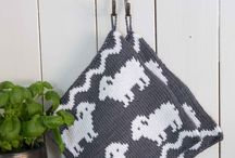 Knitting potholder