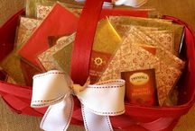 Tea Gifts / Simple easy ways to present individually wrapped tea gifts with beverage napkins.