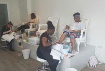 Queen B salon pics / Queen B Luxury Nail Lounge interior photos