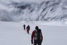 Mountains. Encima del mundo / Trekking mountains montañas alpinism alpinismo hiking climb escalada high