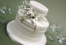 WEDDING CAKES / by Wendy Salcedo