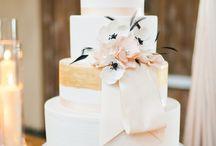 Wedding Cakes / by Candy Bar Sydney