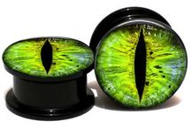 plugs and tunnels eyes