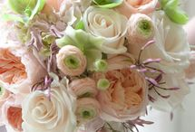 Soft & elegant wedding bouquets
