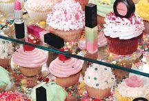 Mac vs Cupcakes