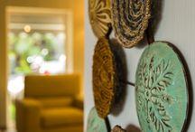 Sizin için Özenle seçilmiş aksesuarlarımız.. / Otelimizin her köşesi özel dekorasyonu ve aksesuarlarıyla sizleri bekliyor..