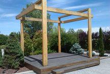 Estructura para celebraciones / Estructura moderna en madera laminada de abeto y tarima tropical.