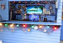 Home Bars / The coolest and craziest home bars