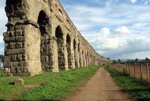 Il Parco degli Acquedotti / Ad essere invaso sarà' il parco degli acquedotti, un'area del parco regionale dell'Appia antica, che deve il suo nome al fatto che qui passano 7 acquedotti. molto interessante non solo dal punto di vista archeologico, ma non abbastanza valorizzato.  Invasione Programmata 21/04/2013 alle ore 10:30 #invasionidigitali Invasore: Simonetta Clucher