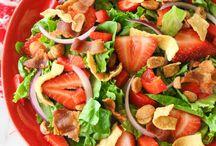 Salads, Sandwiches & Soups