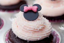 MINNIE and MICKEY MOUSE_Party / by Nathalia