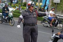 Politieagent rent om geesten te bedanken