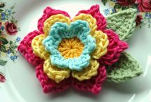 Crochet Square & Flowers / by Atölye HobiKeyif