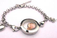 Dingen om te kopen / Leukste en dierbaarste cadeaus vindt u onze webwinkel.  www.juuls-sieraden.nl Vindt ons ook op facebook!