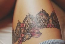 Schleifen-Tattoos