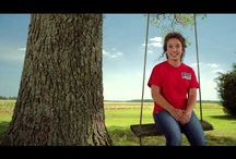 Meet the Farmers / To really appreciate Riceland, you need to understand our farmers. They grow our quality products for you and your family in addition to owning and operating the company. Listen to their stories and find out what makes Riceland so unique.