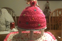 Cakes / by Mandy Broussard