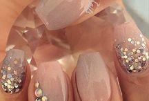 nails bride