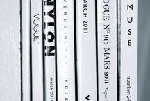 Книги. Журнали. Бумаги. Стильно. Жизнь. Books, Magazines, Paper, Style, Live Life.
