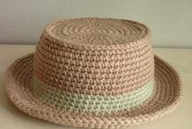 sombrero en crochet para muñecas