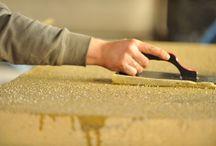 Steine richtig reinigen / Reinigung leicht gemacht.  Mit unseren Pflegeprodukten und unserem hauseigenen Serviceteam haben sie viele Jahre Freude an Ihren Steinprodukten.  Mehr erfahren unter: www.godelmann.de/reinigungsservice