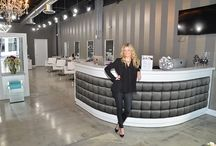 White Hair Salon Decor /  Salons that follow the white hair salon decor theme. Salon Smart features white salon equipment and helped DryDeLuxe opened their Miami Location and to feature the white salon equipment and the another accent color.