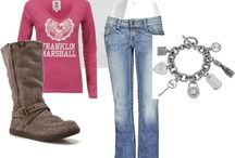 Outfits / by Shantelle