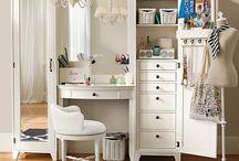 New Room Inspiration / by Stephanie Ostrowski
