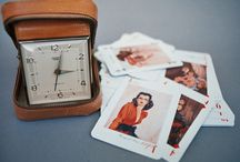 Travelling with #pinupgirls / Taking you straight back to the #fifties, this time-travelling #woodenbox will not guarantee that you will actually meet the girls pictured on the #playingcards during your #travel, but will surely bring a smile and good jolly-joy.