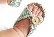 Sandalia de bebe al crochet
