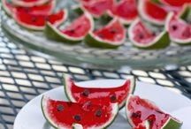 Jello Shots / Recipes for Jell-O shots.