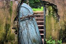 Doors / Magical mysterious marvellous doors