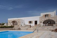 Villa Pebbles #Paros #Greece #Island /  Pebbles Villa is part of the small residential complex Golden Sea Villas , 100 meters from the sea, located in the area of ​​New Golden Beach of Paros. The complex is ideal for families or couples who are looking for long holidays to the Greek , next to the sea. http://www.mygreek-villa.com/fr/rent-villa-search-2/villa-pebbles-ile-de-paros-gr%C3%A8ce