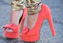 ShoeLust / by Heidi Siberon