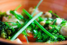 Saladas, legumes e vegetarianos