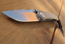 Chris Reeve Knives / Chris Reeve Knives reflect an unparalleled dedication to quality, performance and value for your money. Chris Reeve knives are working tools of exceptional strength and durability. They have been tested extensively and are the result of unique design, top quality steel, sophisticated machining, hand craftsmanship and good old-fashioned hard work.