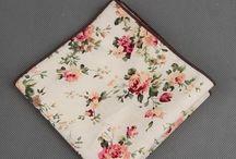 POCH048 / Cotton Floral Pocket Square: http://www.mightygoodman.nl/nl/english-fashion-katoenen-pochets-floral.html