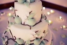 Omenakakkuja - Applecakes / Omena inspiroi ja innostaa kakkutaitureita ympäri maailman. Katso sesongin omenaisimmat kuvat!