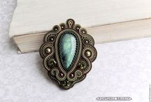 Soutache broches