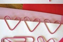 Bookmarks / Some clever ways to keep your pages.