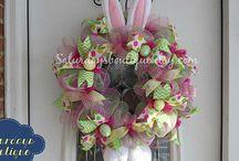 decomesh wreaths