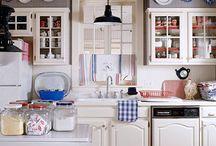 Future Kitchen Ideas + CoLoUr