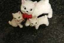 Glass Cat family