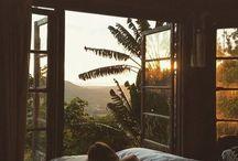 .moments.